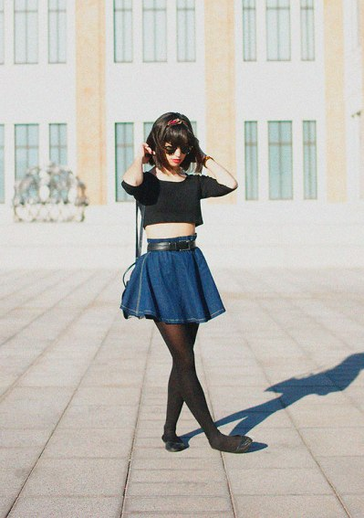 Denim-Short-Skirt-Black-Tank-top