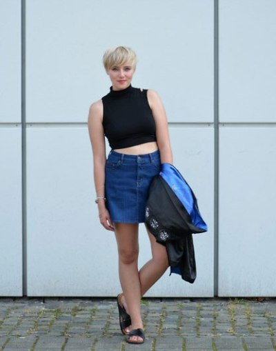Denim-Skirt-Black-Tank-top