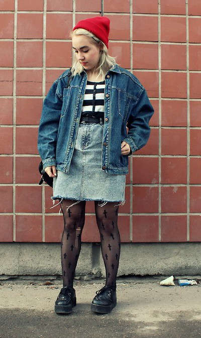 denim-skirt-grunge-pantys-red-beanie