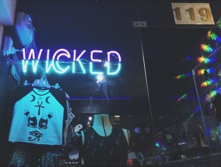 Wicked Tienda 1