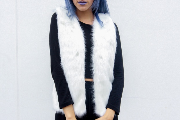 White-Fur-Vest-De-Lilac-Blog-3