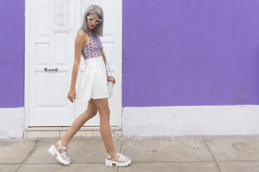 Holographic shoes and tennis skirt Tienda Wicked - DeLilac (13)
