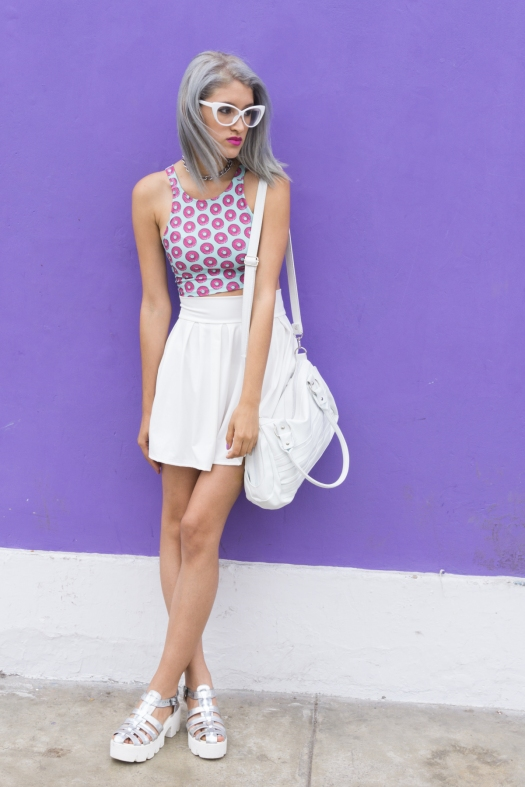 Holographic shoes and tennis skirt Tienda Wicked - DeLilac (16).jpg