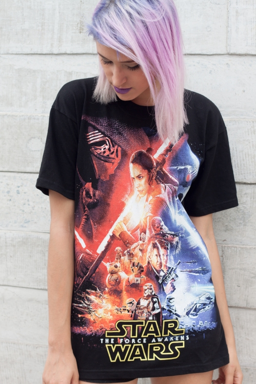 Star-Wars-The-Force-Awakens-Tee---DeLilac_1