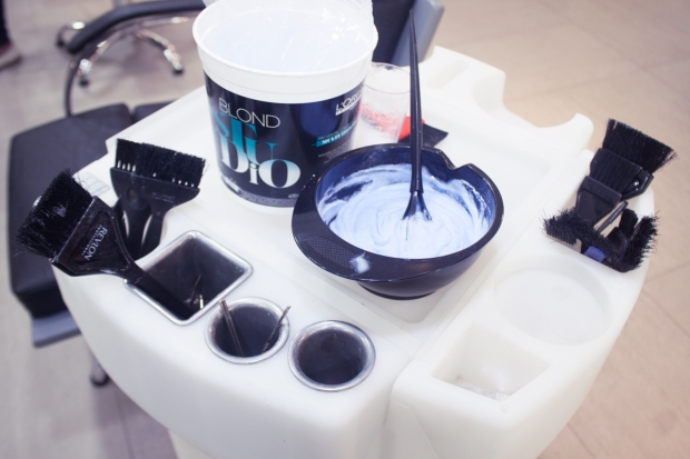 Cabello turquesa y morado DIY tintes veganos decoloracion a fantasia