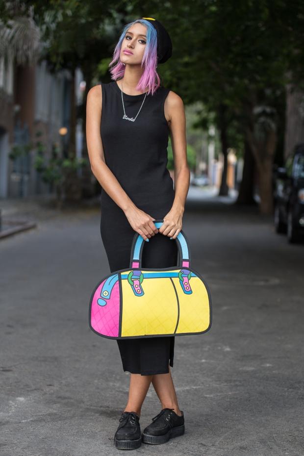 Cartoon bag and grunge black dress Nowlovers (2)