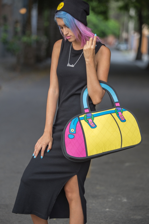 Cartoon bag and grunge black dress Nowlovers (3)