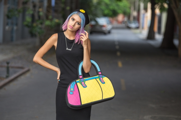 Cartoon bag and grunge black dress Nowlovers (7)