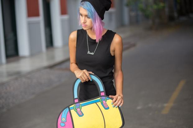 Cartoon bag and grunge black dress Nowlovers (9)