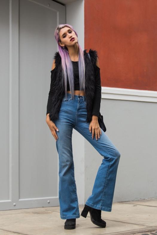 Jeans-acampanados-delilac-look-(11).jpg