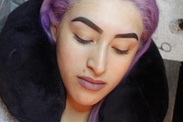 Cejas Kylie Jenner Tutorial por DeLilac - Tinte de cejas y cortado (32)