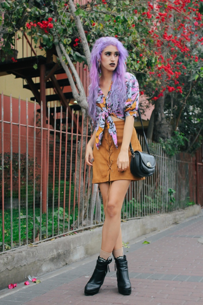 Vintage Flowers Print edgy 70s look delilac  (1)