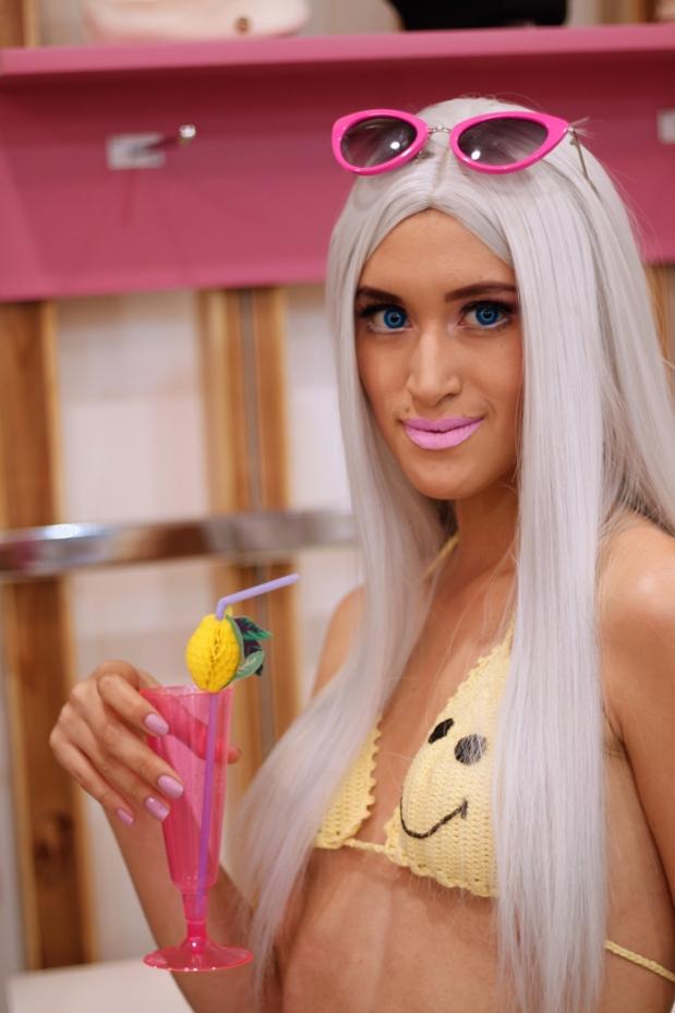 disfraz-barbie-california-playa-halloween-delilac-2