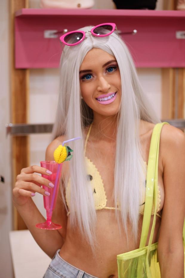 disfraz-barbie-california-playa-halloween-delilac-3