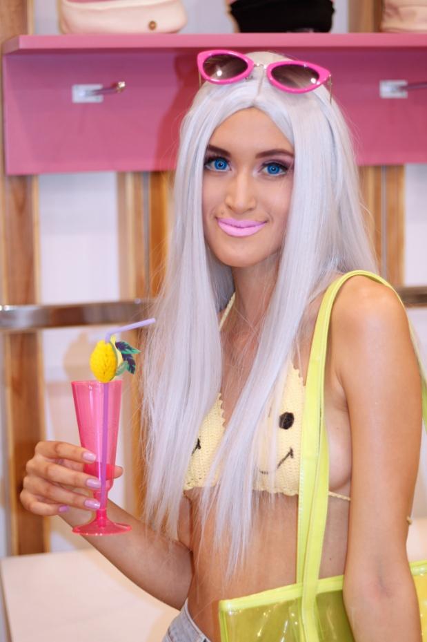 disfraz-barbie-california-playa-halloween-delilac-6