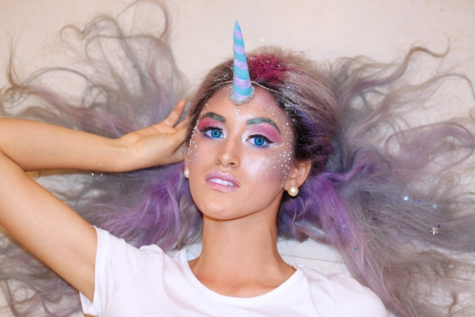 unicorn-makeup-tutorial-halloween-delilac-4