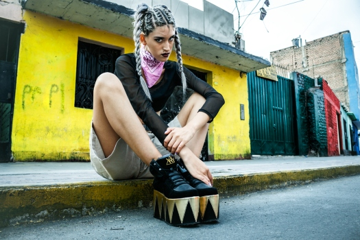 soft-grunge-chola-style-editorial-id-mag-inspired-delilac-4
