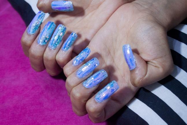unas-holograficas-acrilicas-opal-glitter-nails-delilac-2