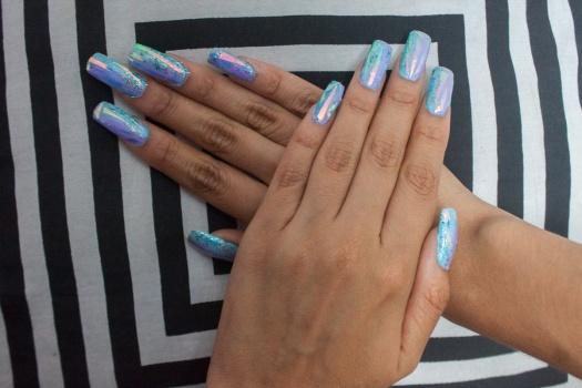 unas-holograficas-acrilicas-opal-glitter-nails-delilac-4