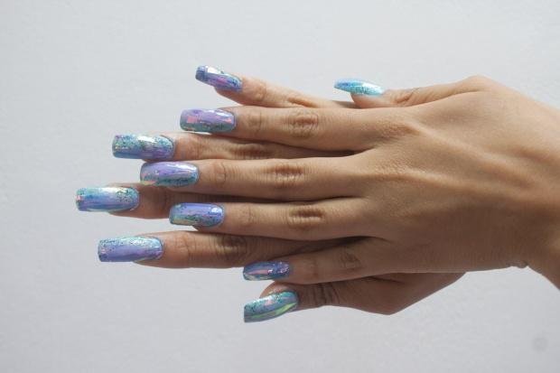 unas-holograficas-acrilicas-opal-glitter-nails-delilac-6