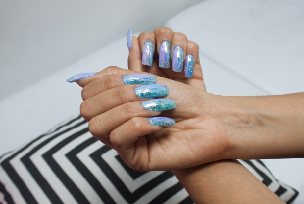 unas-holograficas-acrilicas-opal-glitter-nails-delilac-8