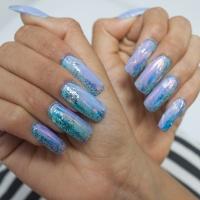 My Diary: Mi primera vez usando uñas acrílicas y holográficas en BLUSH Hair & Make-Up