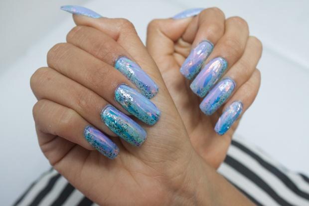 unas-holograficas-acrilicas-opal-glitter-nails-delilac-9