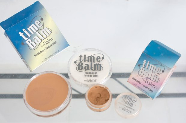 REVIEW THE BALM PERU - base y corrector Time Balm 1