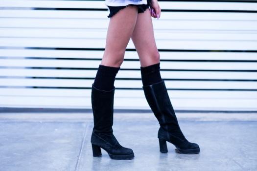 Black boots look Delilac