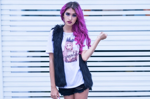 Superficial Kylie Jenner Tee Pink Tape Delilac (6)