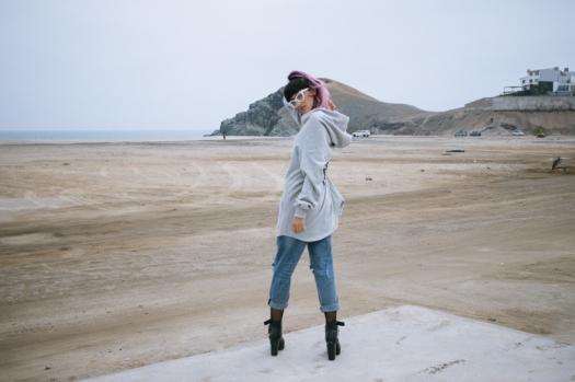 Oversized hoodie - gamarra look (2)