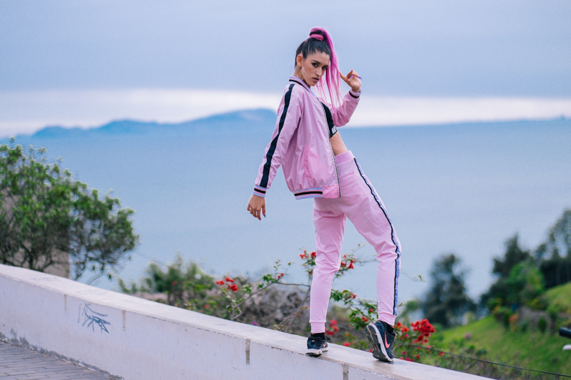 BLOCK COLOR Low Budget Studio - Pink sporty trend delilac (13)