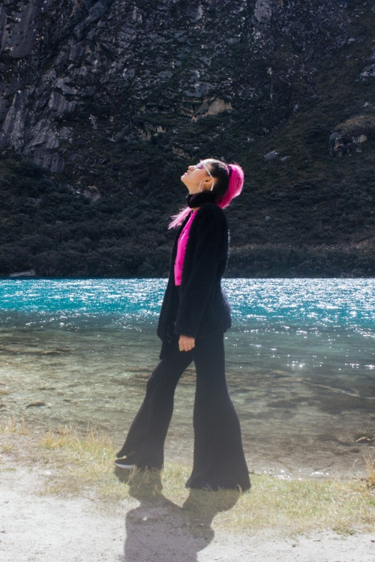 Conoce Laguna de Llanganuco travel to peru look delilac (11)