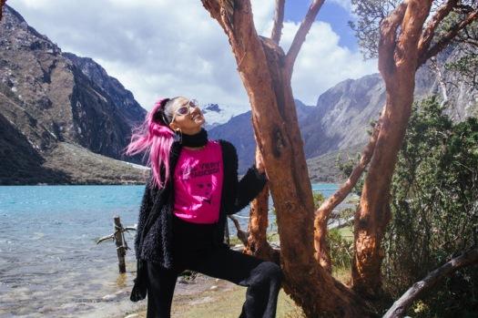 Conoce Laguna de Llanganuco travel to peru look delilac (8)