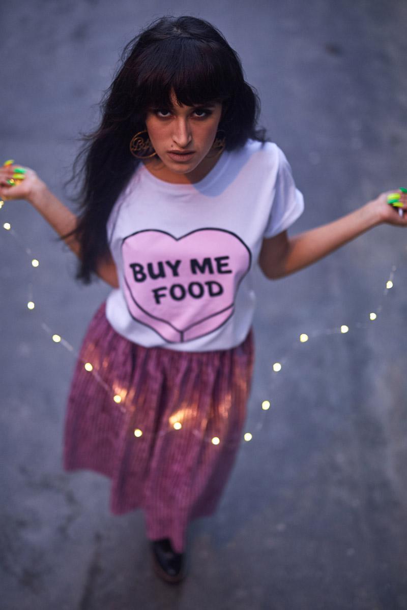 Buy Me Food Tee Tumblr - Tendencia metalicos + metalizados delilac (2)