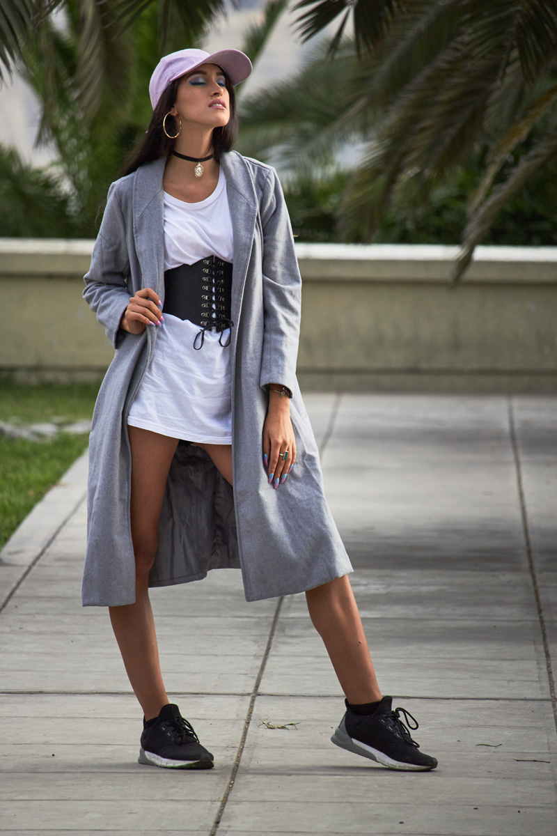 Zaful.com ropa review look sporty wool coat, corset belt, baseball hat delilac (1)