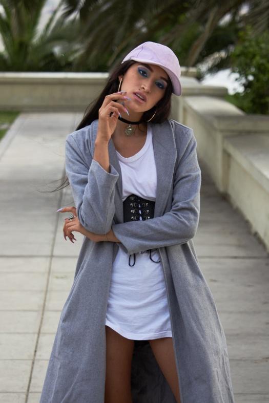 Zaful.com ropa review look sporty wool coat, corset belt, baseball hat delilac (11)