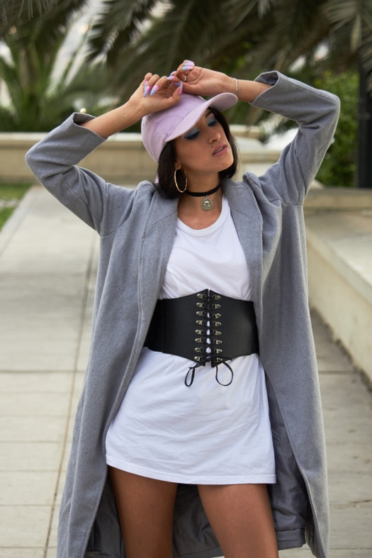 Zaful.com ropa review look sporty wool coat, corset belt, baseball hat delilac (12)