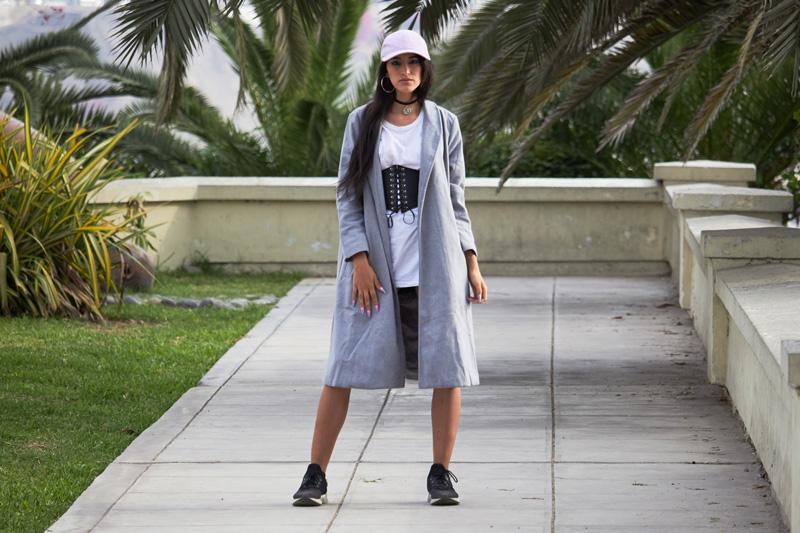 Zaful.com ropa review look sporty wool coat, corset belt, baseball hat delilac (2)