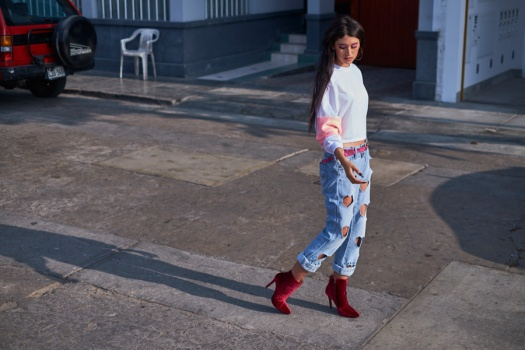Bruno Ferrini Concept red boots zaful sweater street style look by delilac andrea chavez (7)