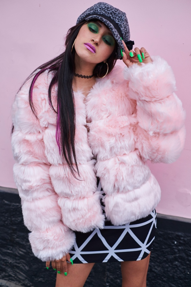 DeLilac-Pink-Fur coat yoins review (6)