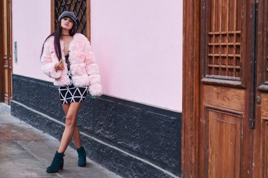 DeLilac-Pink-Fur coat yoins review (7)