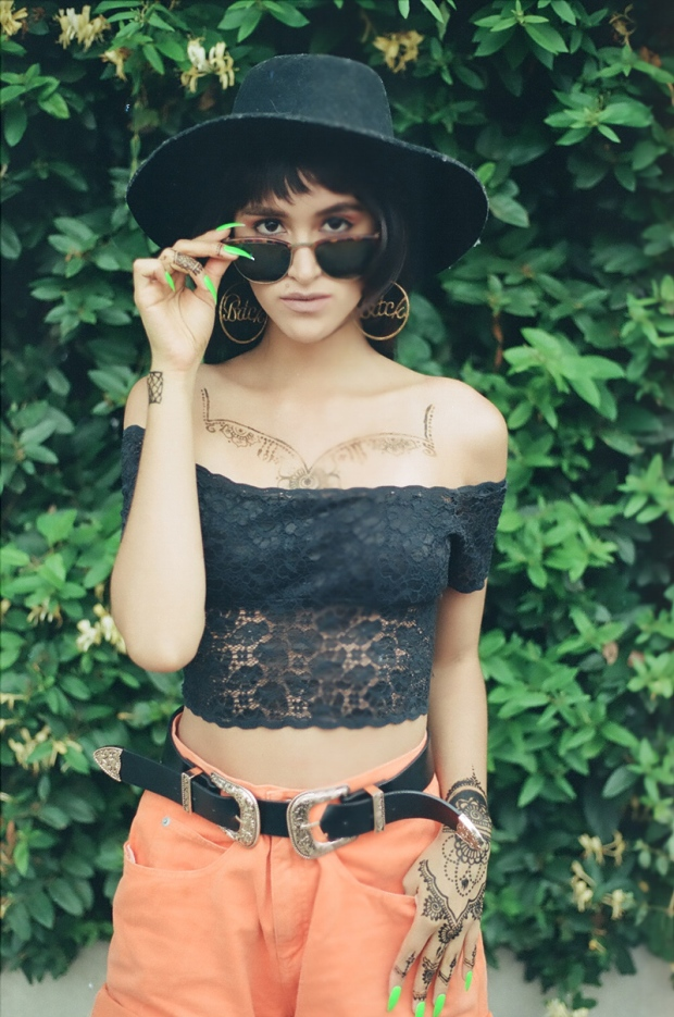 Vintage summer look with canon analog camera tumblr photos (6)