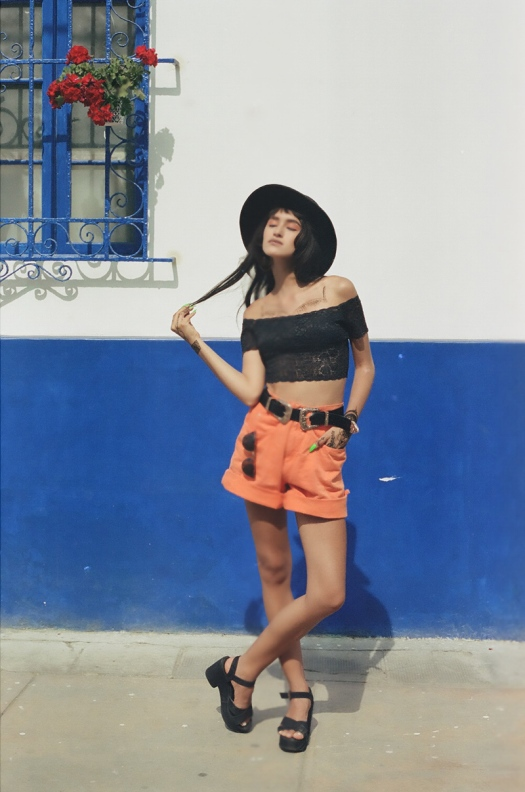 Vintage summer look with canon analog camera tumblr photos (8)