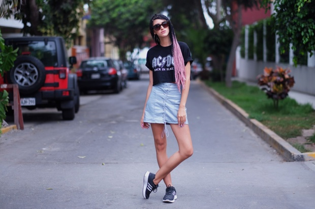 YOINS OPINIONES PU MINI SKIRT LEATHER SPORTY LOOK DELILAC BLOG ANDREA (1)