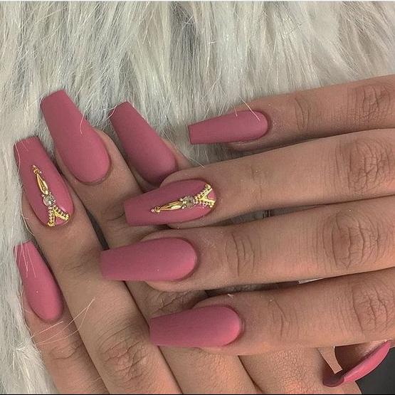 manicure-inspo-2018-tendencias-delilac-13.jpg