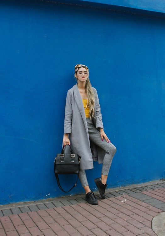 Grey coat and mustard winter outfit delilac (2)