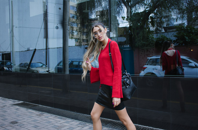 Red sweater and leather skirt for winter delilac blog andrea chavez look (13)