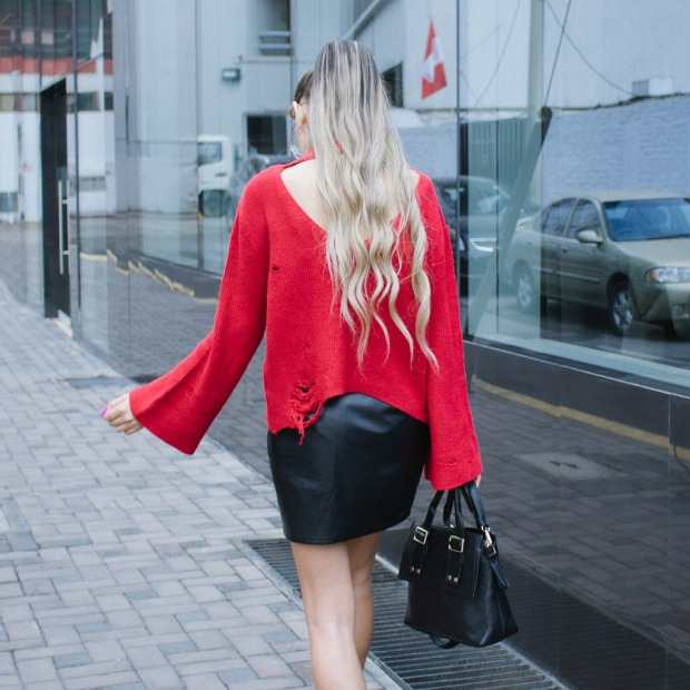 Red sweater and leather skirt for winter delilac blog andrea chavez look (9)