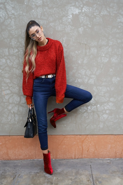 Lady in red winter 2018 fashion trends delilac (10)